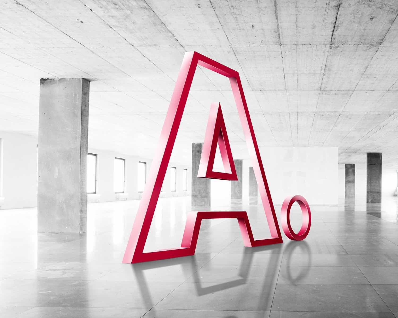 Adimmo A steht in einem leerstehenden Gebäude