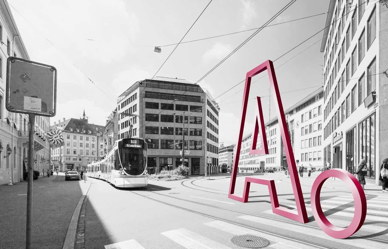 Adimmo A steht an der Schifflände in Basel
