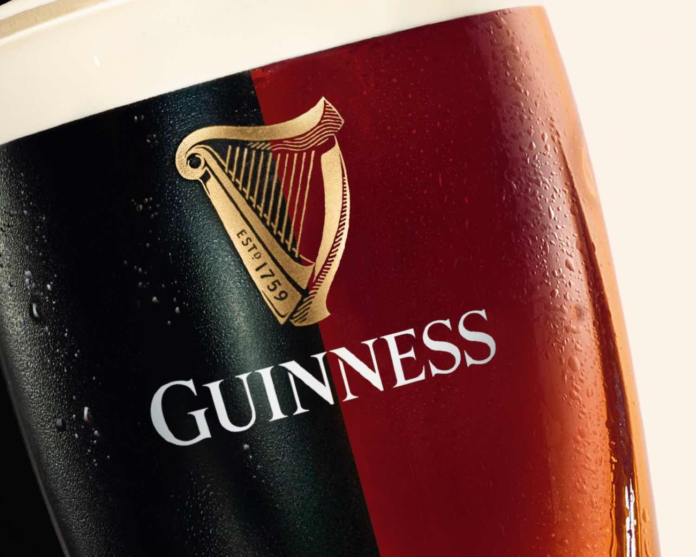 Guiness-Glas mit Logo