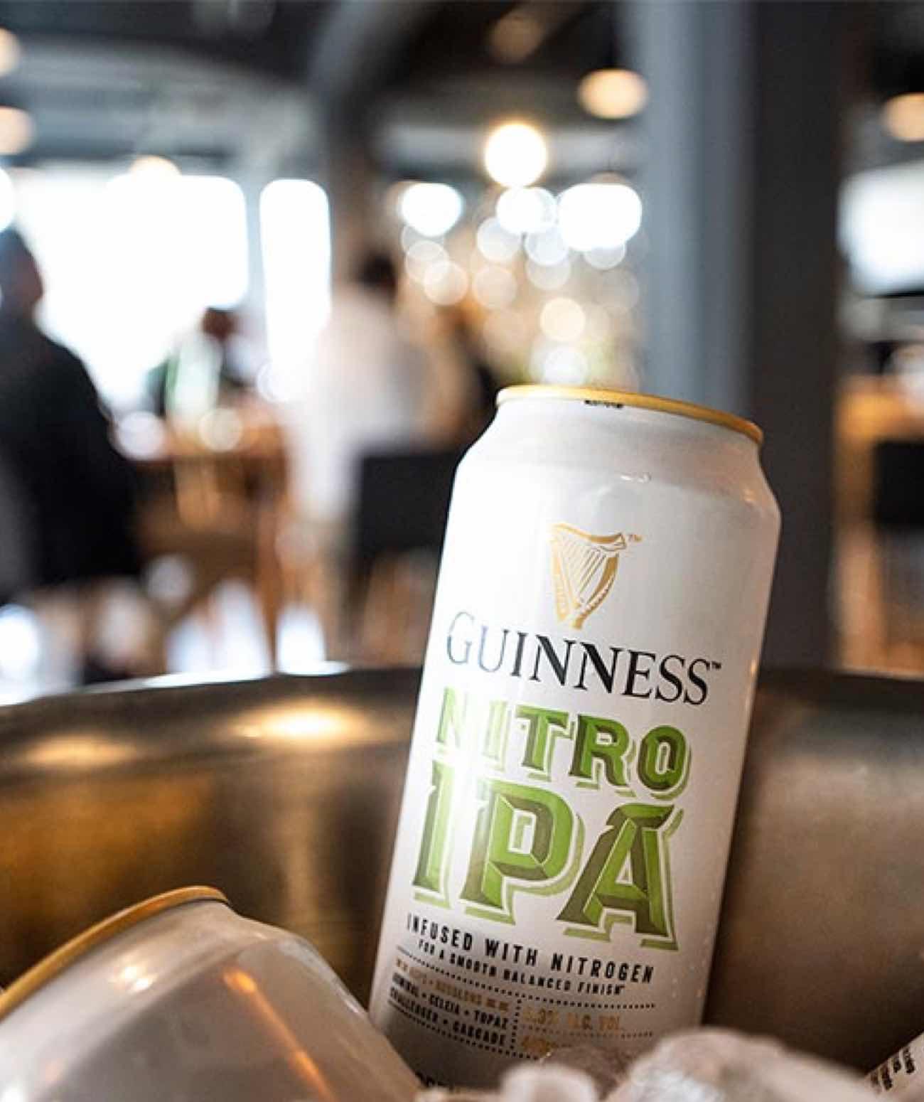 Guinness Nitro IPA in einer Kühlbox mit Eis